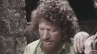 scorn not his his simplicity/luke kelly