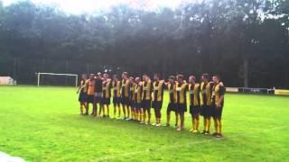 preview picture of video 'Fans und Mannschaft des BSV Mittenwalde feiern sich gegenseitig'