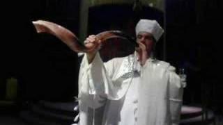 An Amazing Shofar Ram's Horn Service