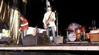 """Get Downtown"", Drive-By Truckers at DMB Caravan in Chicago, 7-8-11"