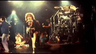 Kicked In The Teeth (Español/Inglés) - AC/DC