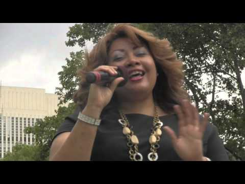 Queen Diva Performs LIVE @ 2013 Brooklyn Borough Hall Summer Concert Series