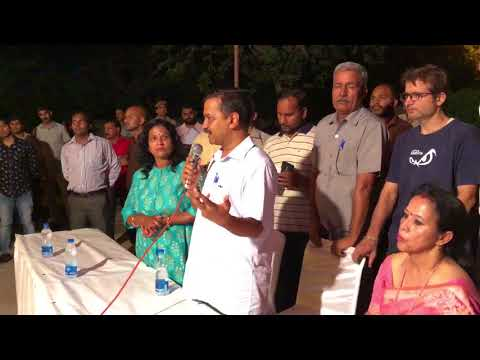 Delhi CM Arvind Kejriwal Interacts with the residents of Sarojini Nagar , New Delhi
