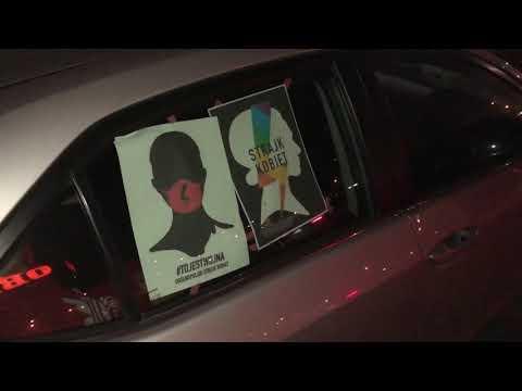 Wideo1: Początek samochodowego Strajku Kobiet w Lesznie