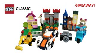 LEGO CLASSIC #10698 - GIVEAWAY - LEGO Large Creative Brick Box Speed Build Unboxing