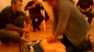 preview picture of video 'Miquel Botxa preparant-se per salvar vides II !'