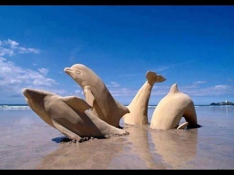 , title : 'Фигуры на песке Figures in the sand'
