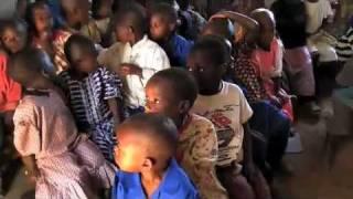 preview picture of video 'CARE baut Kindergärten in Ruanda'