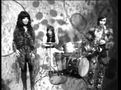 Shocking Blue - Navajo Tears (1973) [tv]
