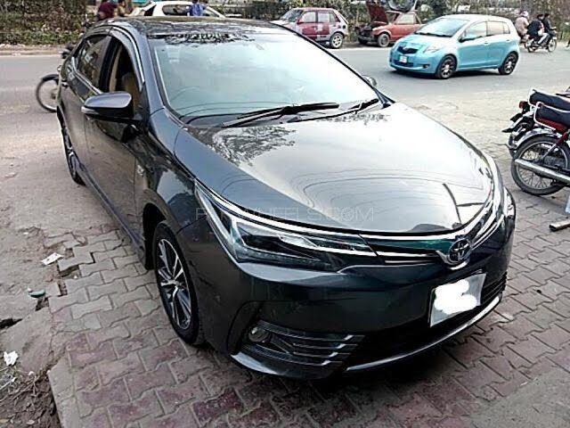 Toyota Corolla Altis Grande CVT-i 1.8 2018 for Sale in Lahore