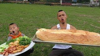 Bánh Mỳ Khổng Lồ - Cả Xóm Ăn Không Hết