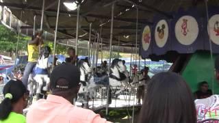 preview picture of video 'Kirmis - Carnaval 2011 Santa Bárbara de Samaná'