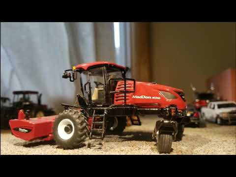 Speccast 1/64 macdon m1240 swather with d1xl draper and disk mower