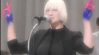 Sia on Letterman - Soon We'll Be Found