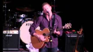 DAMIEN DEMPSEY - APPLE OF MY EYE.wmv