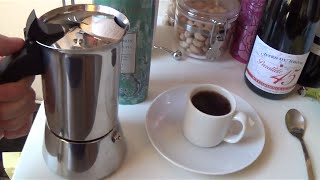Enjoy The Best Gourmet Italian Coffee Quickly & Affordably At Home - Bialetti Venus & Lavazza Review