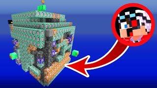 ВЫЖИВАНИЕ В КОРОБКЕ ИЗ КОМАНДНЫХ БЛОКОВ В МАЙНКРАФТЕ! Minecraft Survive in box