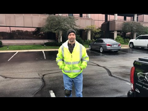 , title : 'The Roadside Assistance Business | Tire change | Raw video
