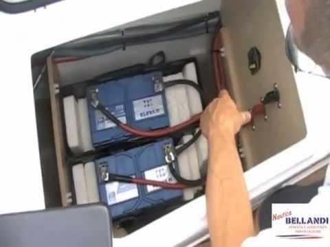 Beneteau Flyer 850 Sundeck - Vano batterie