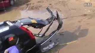 Подборка: порвали авто, или как не нужно вытаскивать автомобили
