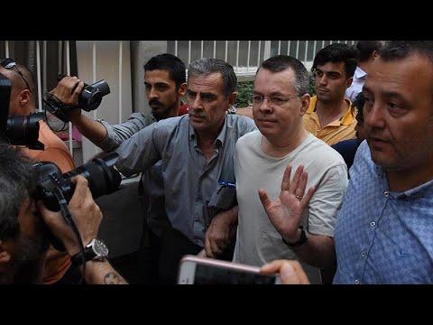 Τουρκικό Δικαστήριο: Ελεύθερος ο αμερικανός πάστορας Μπράνσον…