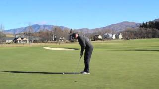 preview picture of video 'Millbrook Resort: Golf Lessons - Grip your putter left hand low'