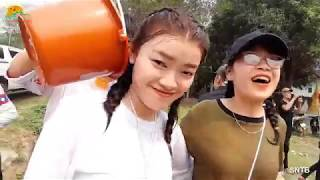 Tết Lào 2019: Những cô gái LÀO xinh đẹp tham gia Lễ rước Nước lên Chùa ở Mường Ét - Lào