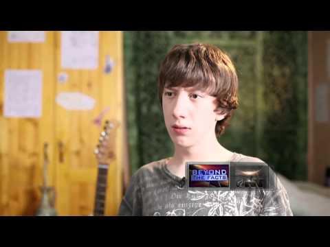 Vlastenecký mladík kašle na španělštinu