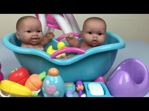 Twin Baby Dolls Bath Time Pretend Play Feeding, Potty Time. Twin Baby Dolls Bathtime Toys Playset