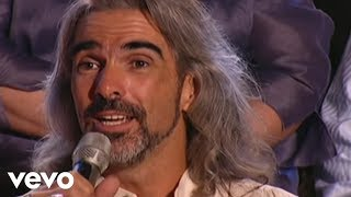 Bill & Gloria Gaither - It Is Well With My Soul [Live] ft. Guy Penrod, David Phelps