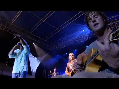 """Hootie & The Blowfish - """"I Hope That I Don't Fall In Love With You"""" Live in Charleston 2005"""