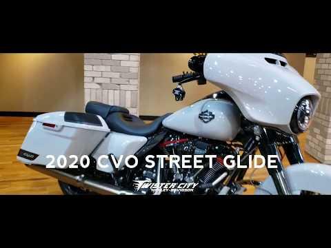 2020 Harley-Davidson® CVO™ Street Glide® : FLHXSE