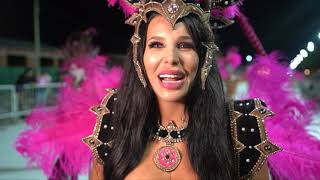 Charlotte Caniggia bailó en el Carnaval de Dolores.