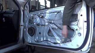 Rattly door repair on a Toyota Yaris