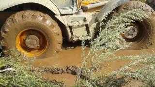 трактор эксковатор погрузчик Jcb 4cx ,косулинские грязи!