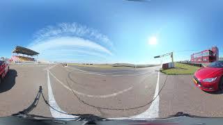 Tesla Model S - Обзор в 360 градусов (8K 360 VR video)