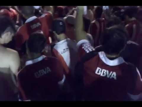 """""""Sos la droga de mi vida - Previa vs Argentinos Jrs 2012"""" Barra: Los Borrachos del Tablón • Club: River Plate"""