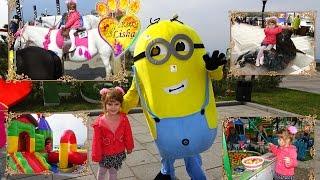 №1 Public festival on the waterfront, children's amusement park rides, shows with soap bubbles. ПРАЗДНИК на набережной 2 часть -