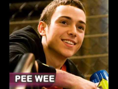 Pee Wee 2015 Singer