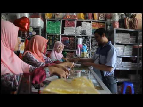 mp4 Sales Plastik Keliling, download Sales Plastik Keliling video klip Sales Plastik Keliling