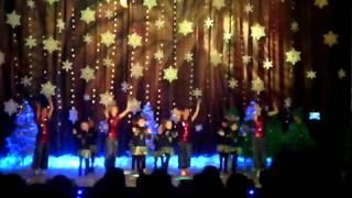 Классный танец Jingle Bells.