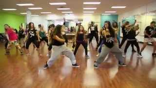 """One Drop"" Qq and Venomus - Zumba Choreography"