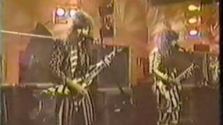 Stryper - Live on a Late Night TV show.