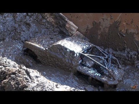 RC ADVENTURES - Creamy Mud Recoveries - Beast 4x4 & HD OverKill: The JUGGERNAUT 6x6