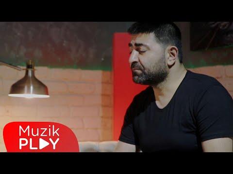 Cengiz Şimşek - Bayram Desinler (Official Video) Sözleri