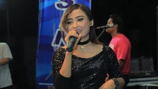 Gambar cover Lirik Video : Intan Chacha  - Sayang 4 (Kangen Kowe)