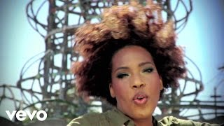 Beauty In The World - Macy Gray  (Video)