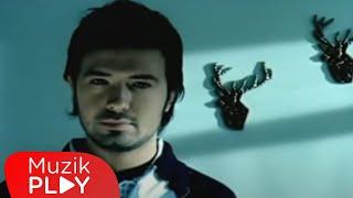 Yalın - Küçücüğüm (Official Video)