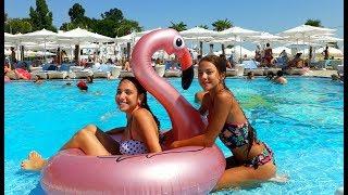 Ibiza Beach Club Odessa . Girls Having Fun / ОДЕССА . Аркадия . Пляж Ибица