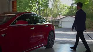 YouTube Video 0rEaRNmI1DI for Product Tesla Model S Electric Sedan by Company Tesla in Industry Cars